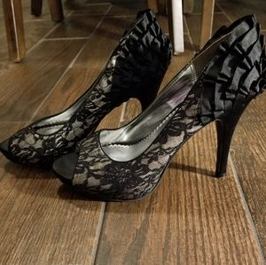 Women's Rampage lace high heels